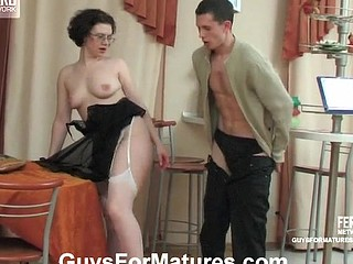 Dolores&Lewis nasty older clip